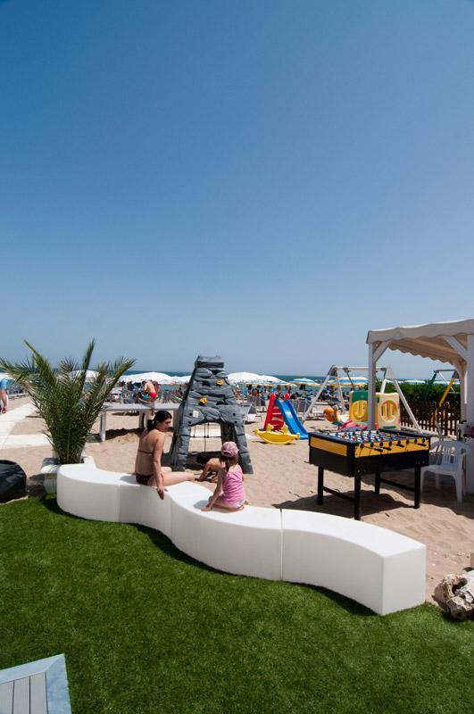 Tutti i servizi deila nostra spiaggia spiaggia 32 for Noleggio cabina invernale colorado